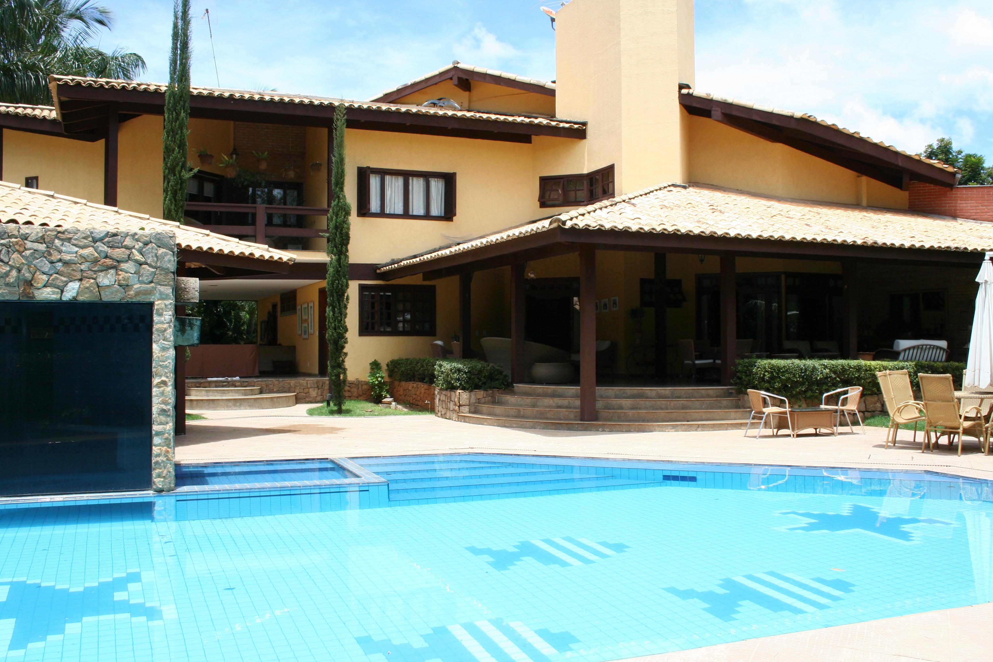 CASAS EM COND FECHADO  Condominio horizontal+Compra  Venda