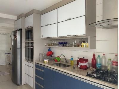 Apartamento, 99 quartos