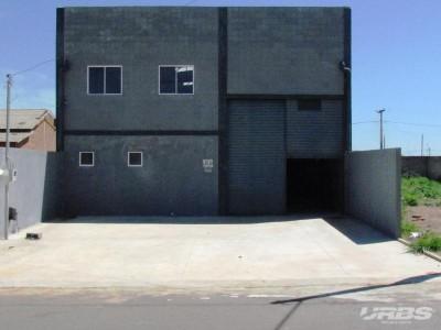 Galpão, 256 quartos, 200 m2