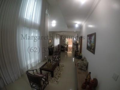 Condominio horizontal, 3 quartos, 325 m2