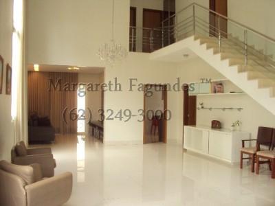 Condominio horizontal, 4 quartos, 294 m2