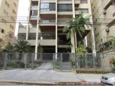 Apartamento, 4 quartos, 265,64 m2