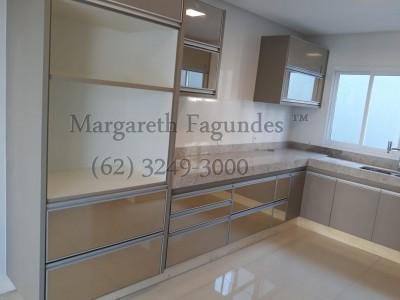 Condominio horizontal, 4 quartos, 260 a 26 m2