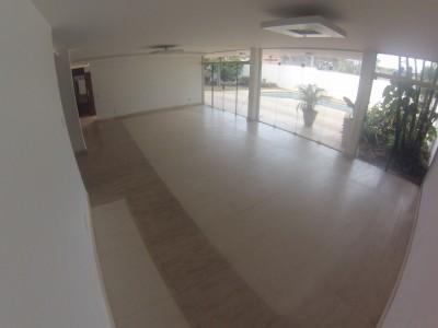 Sobrado, 3 quartos, 550 m2