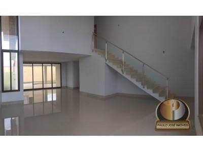 Sobrado, 4 quartos, 331 m2