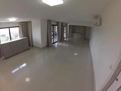 Apartamento, 3 quartos, 208 m2