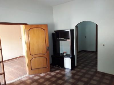 Casa, 3 quartos, 239 m2