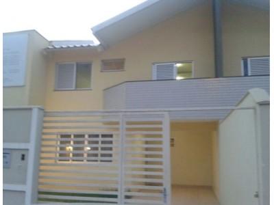 Condominio horizontal, 3 quartos, 183 m2