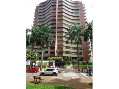 Apartamento, 3 quartos, 246,30 m2