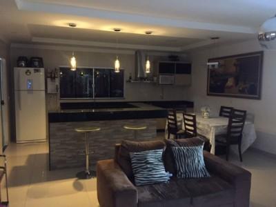 Casa, 3 quartos, 250 m2