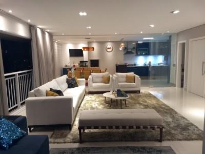 Apartamento, 3 quartos, 178 m2