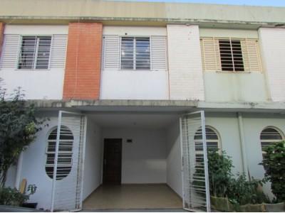 Sobrado, 3 quartos, 138 m2