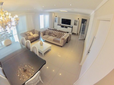 Apartamento, 4 quartos, 233 m2