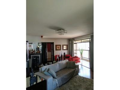 Apartamento, 4 quartos, 218 m2