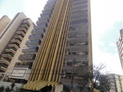 Apartamento, 3 quartos, 201,19 m2