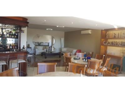 Apartamento, 4 quartos, 248 m2